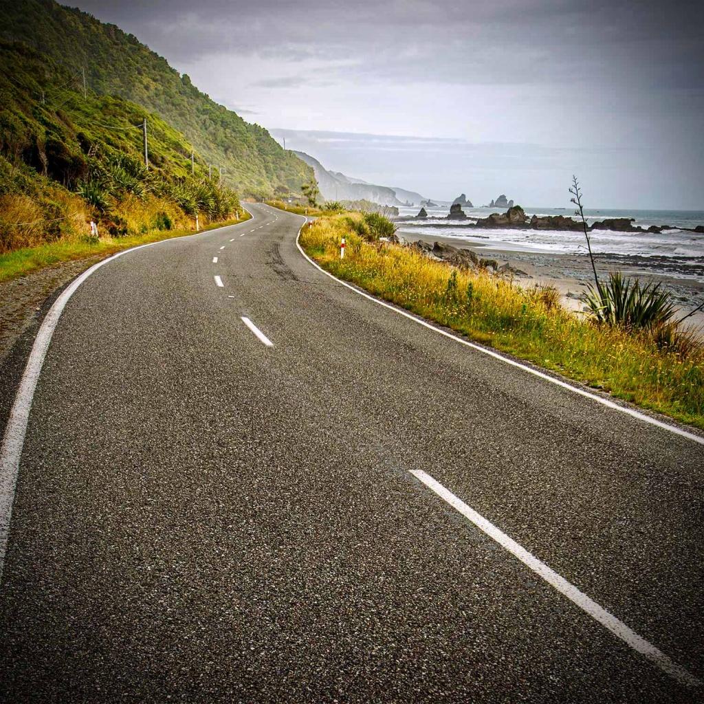 NZ roads coastline 01
